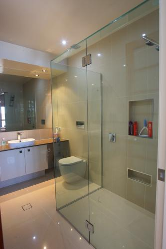 Frameless Shower Installations