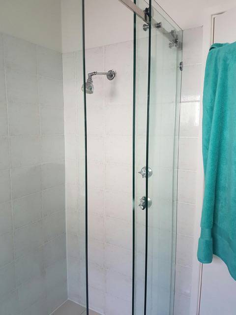 Bayview Home SolutionsShower Screens
